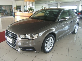 AUDI A3 1.6 TDI clean diesel Attraction NAVIGATORE